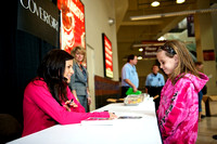 Alicia Sacramone signed autographs in the concourse