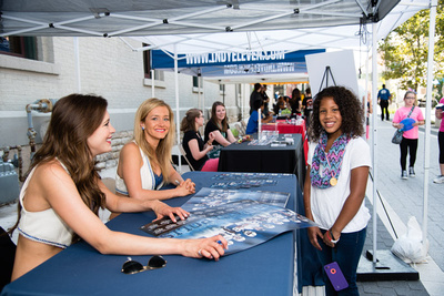 Indianapolis Colts cheerleaders sign autographs