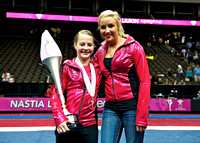 Nastia Liukin poses with all-around champion Grace Williams