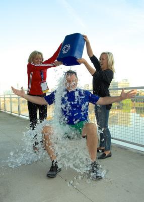 USA Gymnastics President Steve Penny does ALS Ice Bucket Challenge with Nastia Liukin and Patti Komara